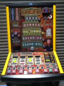 Club The Next Level  - Deal or no Deal £400 Jackpot  - Club Fruit Machine